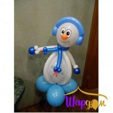 Снеговик в наушниках