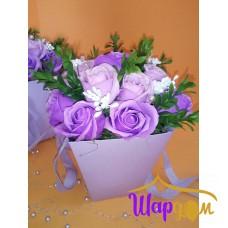 Мыльные розы в сиреневой коробке-сумка